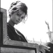 Софи Лорен on My World.